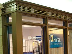 epics-in-house-drycleaning-service-is-modeled-after-the-new-york-stock-exchange